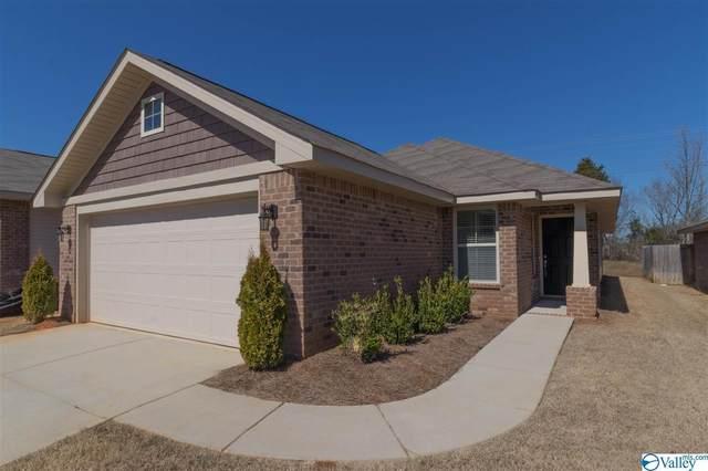 528 Summit Lakes Drive, Athens, AL 35613 (MLS #1140027) :: Capstone Realty