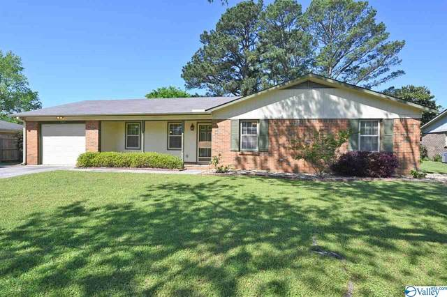 1307 Stuart Avenue, Decatur, AL 35601 (MLS #1141678) :: RE/MAX Distinctive | Lowrey Team