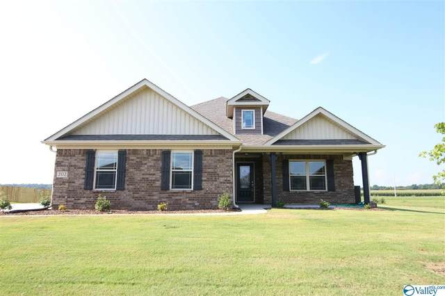303 Avebury Road, Meridianville, AL 35759 (MLS #1143006) :: The Pugh Group RE/MAX Alliance