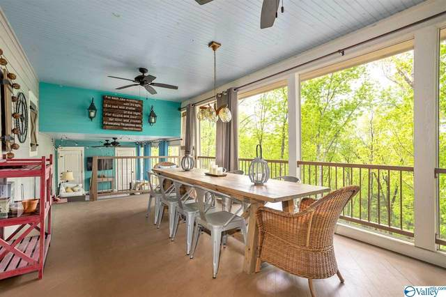 1819 Mountainbrook Drive, Huntsville, AL 35801 (MLS #1147842) :: Amanda Howard Sotheby's International Realty