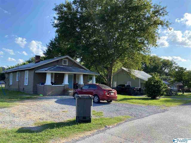 308 Tennessee Street, Courtland, AL 35618 (MLS #1148363) :: LocAL Realty