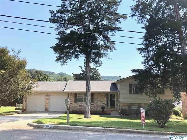 1912 Epworth Drive, Huntsville, AL 35811 (MLS #1151825) :: Rebecca Lowrey Group