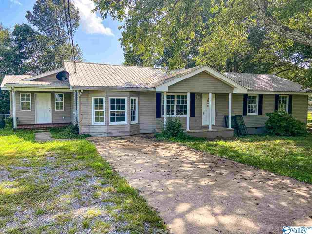 3008 Edmonds Drive, Scottsboro, AL 35769 (MLS #1151908) :: Rebecca Lowrey Group