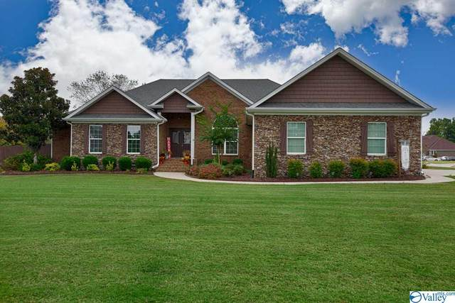 17109 Cliff Drive, Athens, AL 35613 (MLS #1154549) :: RE/MAX Unlimited
