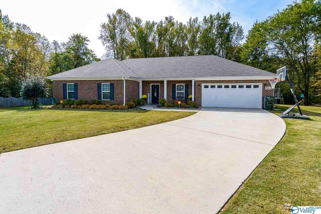 116 Chapel Creek Drive, Hazel Green, AL 35750 (MLS #1154627) :: Revolved Realty Madison