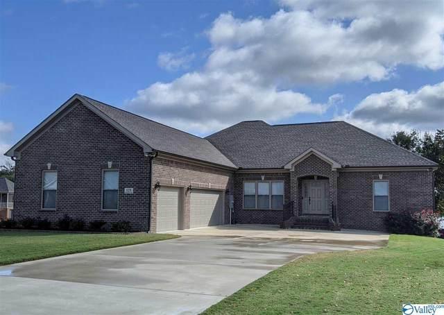 129 Lake View Drive, Athens, AL 35613 (MLS #1154780) :: Rebecca Lowrey Group