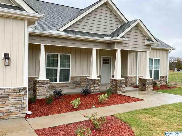 9058 Trails End Drive, Athens, AL 35611 (MLS #1156938) :: MarMac Real Estate