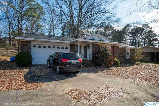 3005 Scenic Drive, Scottsboro, AL 35769 (MLS #1771660) :: Coldwell Banker of the Valley