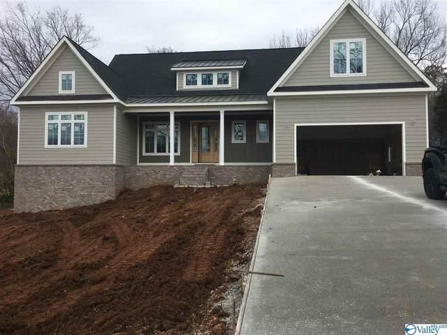209 Cole Drive, Huntsville, AL 35802 (MLS #1772765) :: Southern Shade Realty