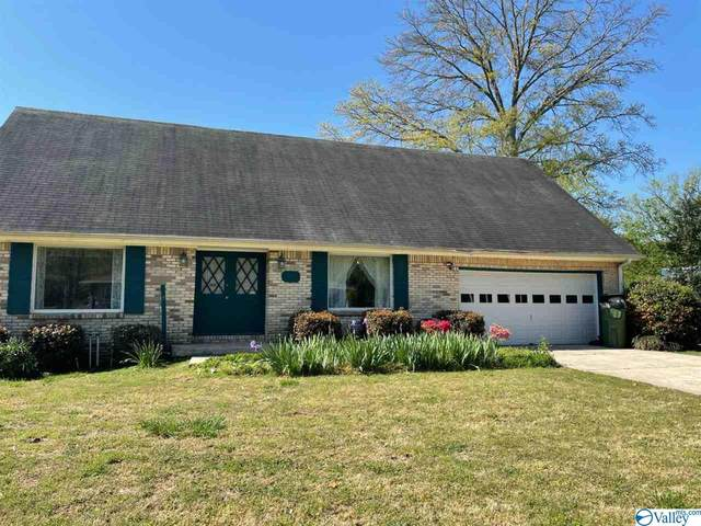 728 SE Lily Flagg Road, Huntsville, AL 35802 (MLS #1777159) :: Southern Shade Realty