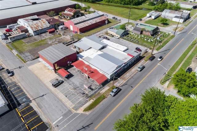 101 West Moulton Street, Decatur, AL 35601 (MLS #1779236) :: Dream Big Home Team | Keller Williams