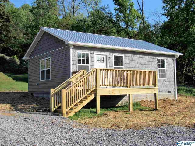 1403 Clark Avenue, Fort Payne, AL 35967 (MLS #1779682) :: Southern Shade Realty