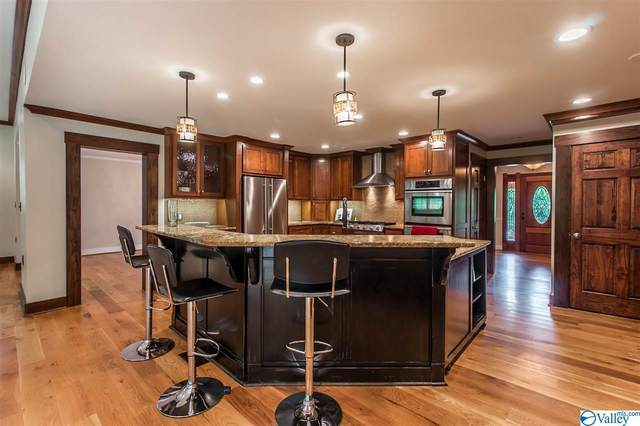 2708 Westminister Way, Huntsville, AL 35801 (MLS #1781078) :: MarMac Real Estate