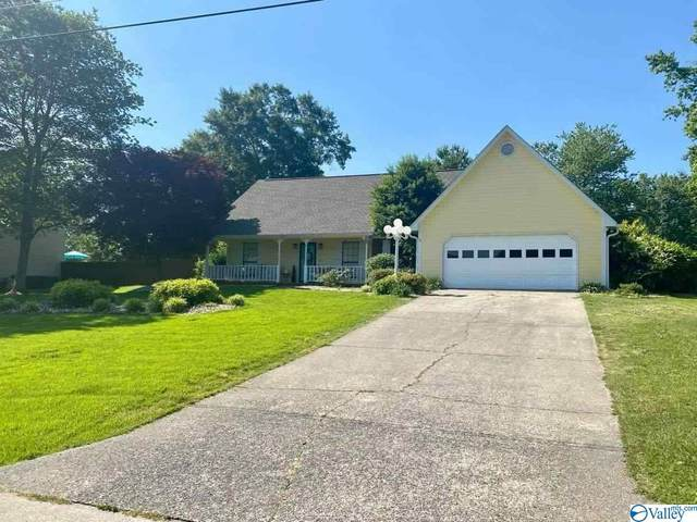 1802 Chickasaw Drive, Albertville, AL 35950 (MLS #1782144) :: The Pugh Group RE/MAX Alliance