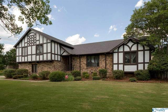10027 Greenview Drive, Huntsville, AL 35803 (MLS #1783932) :: Coldwell Banker of the Valley