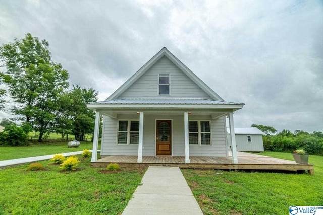14 County Road 576, Rainsville, AL 35986 (MLS #1785741) :: Coldwell Banker of the Valley