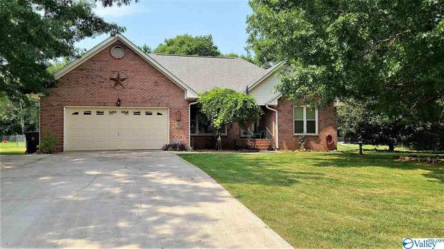 160 Hazelwood Drive, Hazel Green, AL 35750 (MLS #1786219) :: MarMac Real Estate