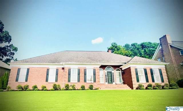 4301 Emerald Lane, Decatur, AL 35603 (MLS #1786755) :: RE/MAX Unlimited