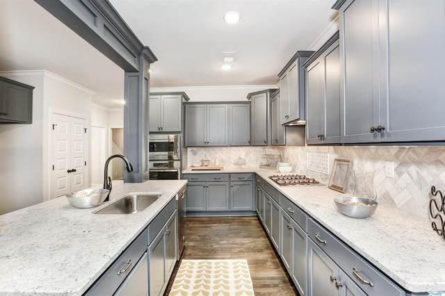 1442 Governors Place, Huntsville, AL 35801 (MLS #1788575) :: Green Real Estate