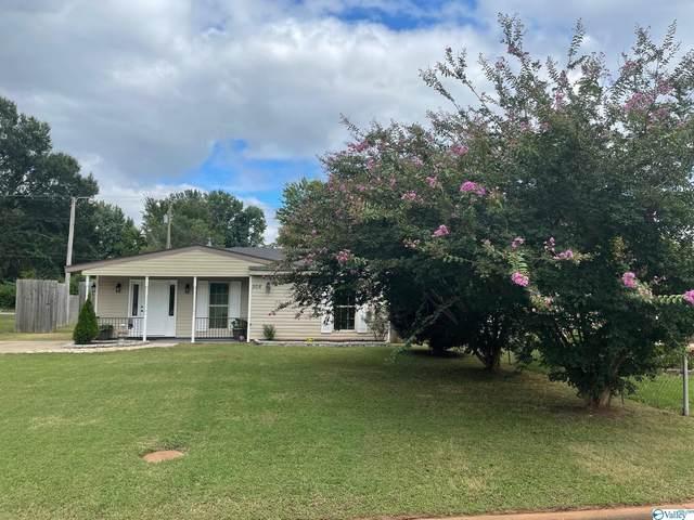 508 NW Monroe Drive, Decatur, AL 35601 (MLS #1791295) :: Green Real Estate