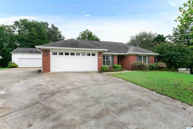 101 Silver Oak Lane, Huntsville, AL 35806 (MLS #1792473) :: LocAL Realty