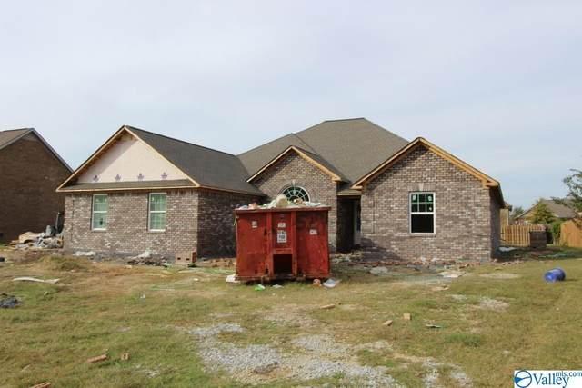 22853 Big Oak Drive, Athens, AL 35613 (MLS #1793592) :: MarMac Real Estate