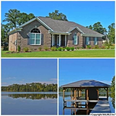 1768 Peninsula Drive, Scottsboro, AL 35769 (MLS #1054274) :: Amanda Howard Real Estate™