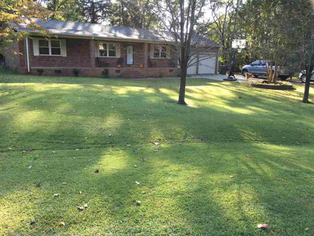 134 Linville Street, Scottsboro, AL 35768 (MLS #1079835) :: RE/MAX Alliance
