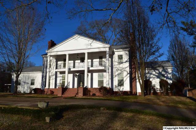1807 Roseberry Drive, Scottsboro, AL 35769 (MLS #1086179) :: Amanda Howard Real Estate™