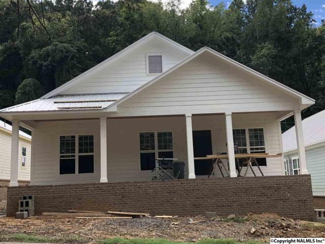 1521 Patterson Street, Guntersville, AL 35976 (MLS #1093739) :: RE/MAX Distinctive | Lowrey Team