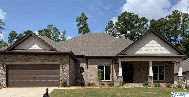 14069 Leafmore Drive, Huntsville, AL 35803 (MLS #1137089) :: The Pugh Group RE/MAX Alliance