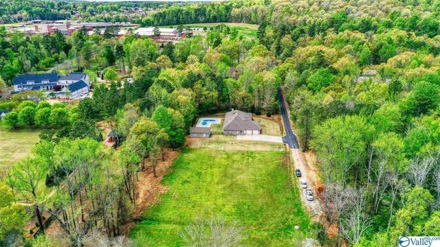 2737 B Jeff Road 2737 B, Huntsville, AL 35749 (MLS #1776924) :: Coldwell Banker of the Valley