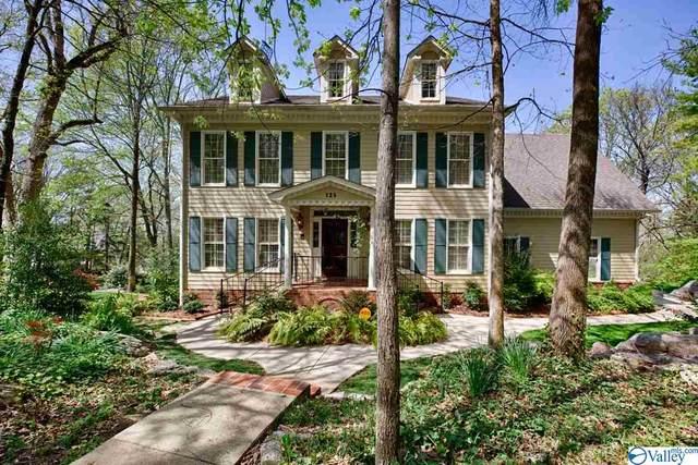 725 Mullins Hill Circle, Huntsville, AL 35802 (MLS #1777920) :: Amanda Howard Sotheby's International Realty