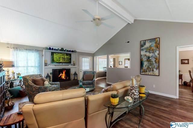 156 Dogwood Drive, Laceys Spring, AL 35754 (MLS #1142262) :: Amanda Howard Sotheby's International Realty