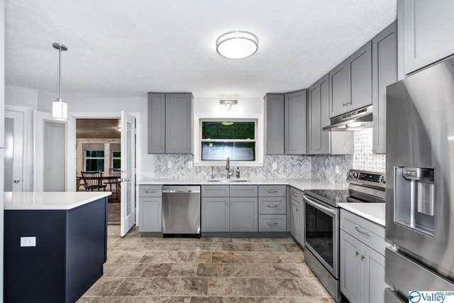 4013 Piedmont Drive, Huntsville, AL 35802 (MLS #1779027) :: Green Real Estate
