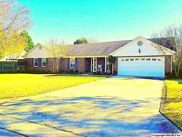 2109 Lancelot Drive, Decatur, AL 35603 (MLS #1088090) :: Amanda Howard Real Estate™
