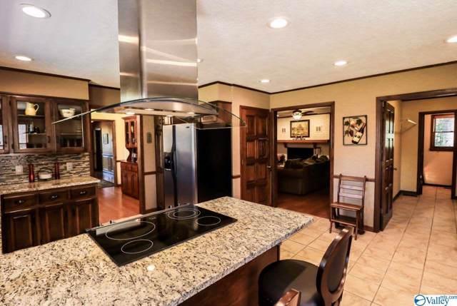 121 Wildhaven Drive, Albertville, AL 35951 (MLS #1129581) :: Legend Realty