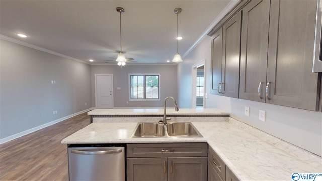 27619 Salem Minor Hill Road, Lester, AL 35647 (MLS #1120800) :: Capstone Realty
