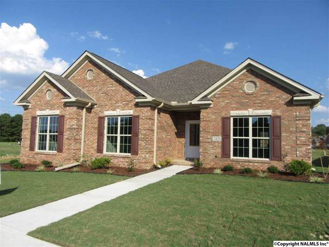 2420 Castle Gate Blvd, Decatur, AL 35603 (MLS #1112528) :: Capstone Realty