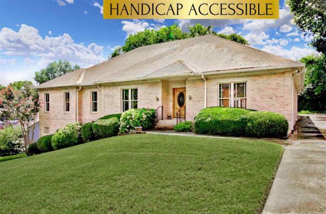 1689 E Stonehurst Drive, Huntsville, AL 35801 (MLS #1074161) :: Amanda Howard Sotheby's International Realty