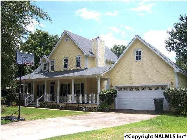 1304 Dan Avenue, Albertville, AL 35950 (MLS #1037901) :: RE/MAX Alliance