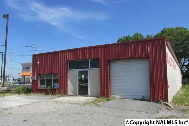 710 Miller Street, Albertville, AL 35950 (MLS #1044532) :: Amanda Howard Real Estate™