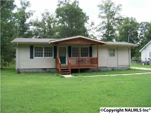 524 Josh Street, Rainbow City, AL 35906 (MLS #1060125) :: Amanda Howard Real Estate™