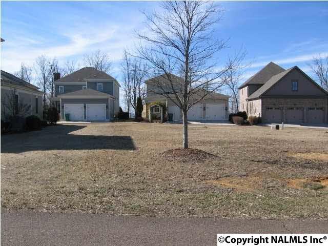 10 Royal Troon Drive, Huntsville, AL 35802 (MLS #1063302) :: Amanda Howard Real Estate™