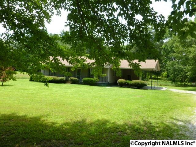 381 Manley Road, Hazel Green, AL 35750 (MLS #1072382) :: RE/MAX Distinctive | Lowrey Team