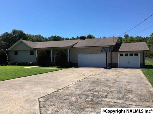 2717 Rexford Street, Hokes Bluff, AL 35903 (MLS #1075158) :: RE/MAX Alliance