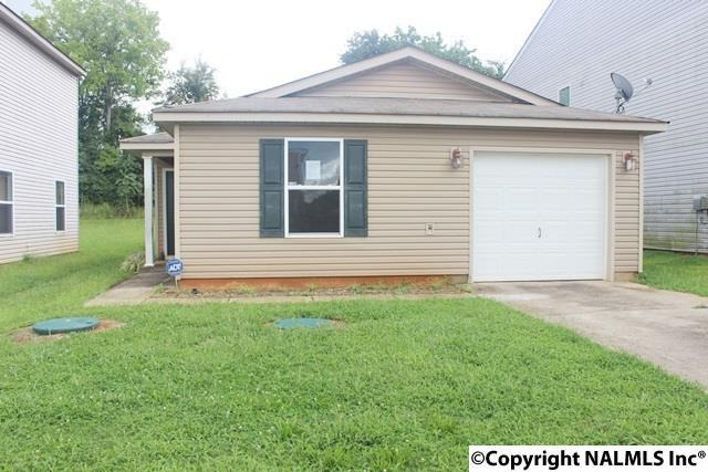 303 Counterpoint Drive, Harvest, AL 35749 (MLS #1076465) :: Amanda Howard Real Estate