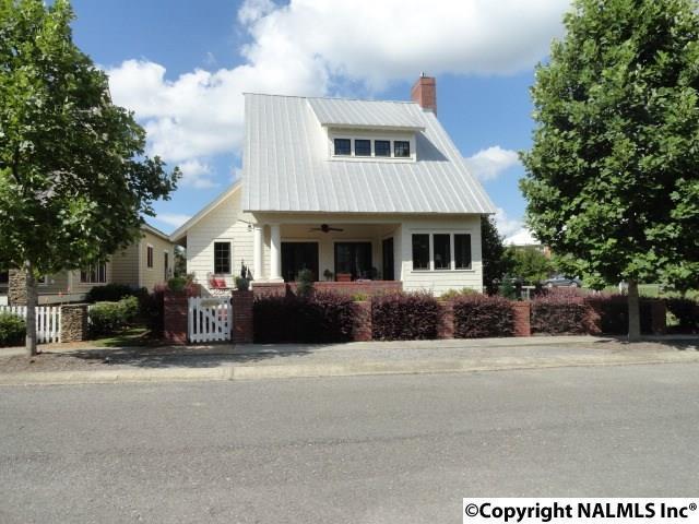 110 Laurel Street, Pisgah, AL 35765 (MLS #1076562) :: Amanda Howard Real Estate™