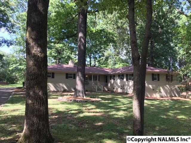 103 Brookwood Drive, Athens, AL 35613 (MLS #1076571) :: Amanda Howard Real Estate