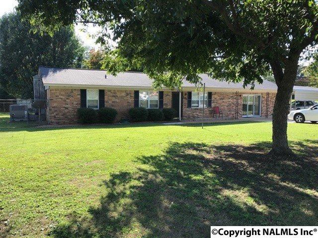 101 Dorothy Street, Albertville, AL 35950 (MLS #1077879) :: Amanda Howard Real Estate™